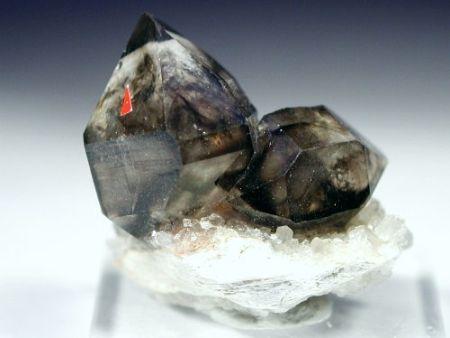 スモーキークォーツ煙水晶原石