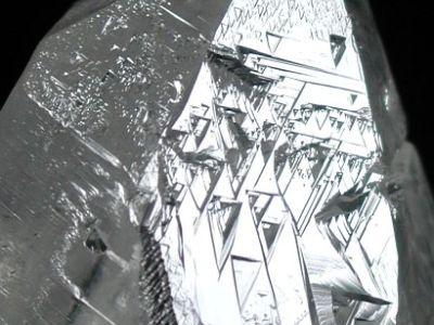 トライゴーニック水晶