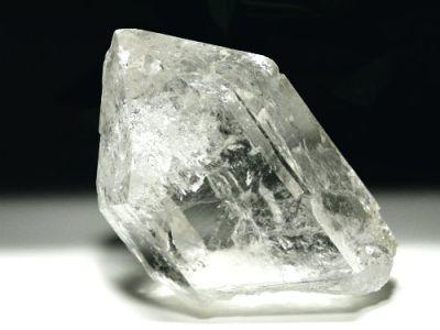ロシア水晶(ウラル、極東-プリモーリエ、ドードー)