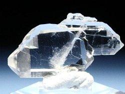 ファーデン水晶