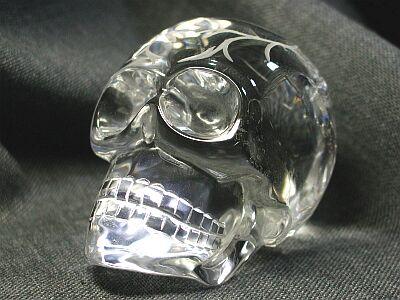 水晶ドクロ(髑髏)彫刻品